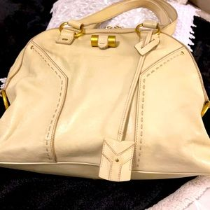 Iconic Yves Saint Laurent ivory calf skin Muse bag